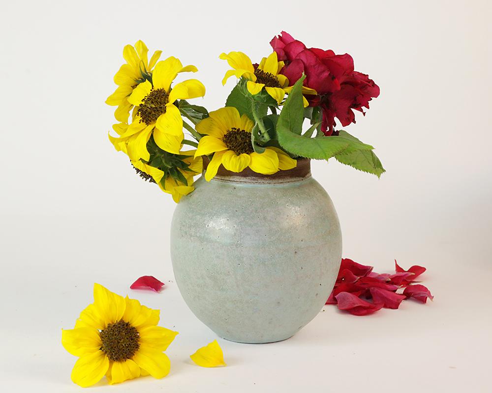 Ceramic-flower-vase-(18)