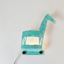 מנורת אווירה לקיר בצורת סוס